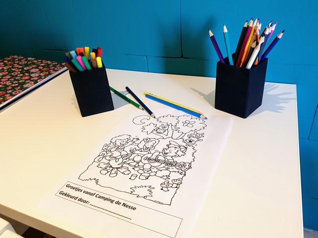Tekentafel met kleurplaten